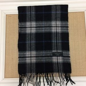The Men's Store Bloomingdales cashmere scarf